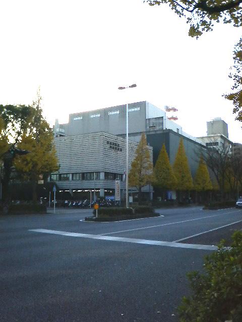 県立川崎図書館