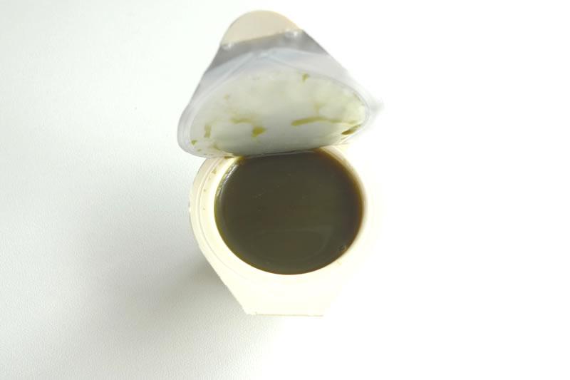抹茶ラテベースの原液。濃いです。