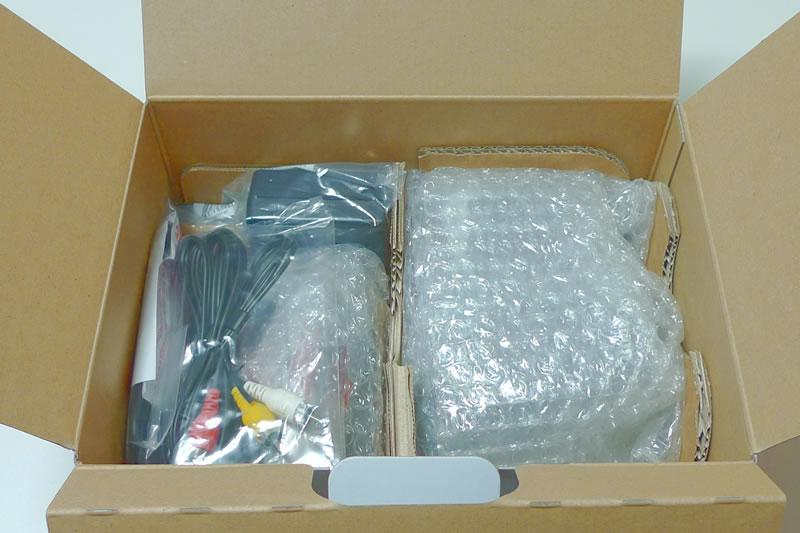 キヤノン EOS 60D EF-S 18-135 IS Kit パッケージ2