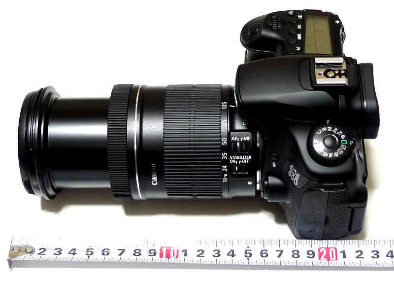 EOS 60D本体+EF–S18–135IS 望遠側