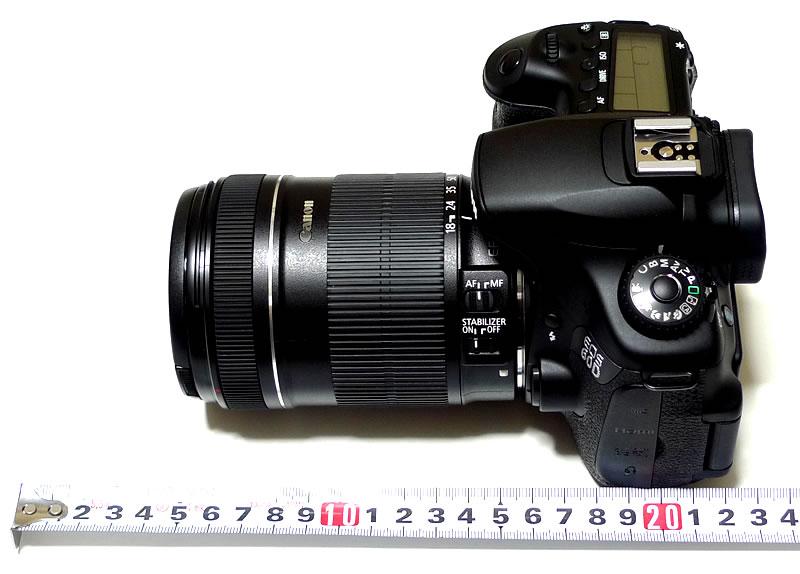 EOS 60D本体+EF–S18–135IS 広角側