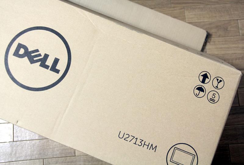 DELL U2713HMの箱へこみ