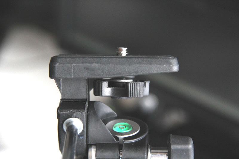 カメラネジツマミ