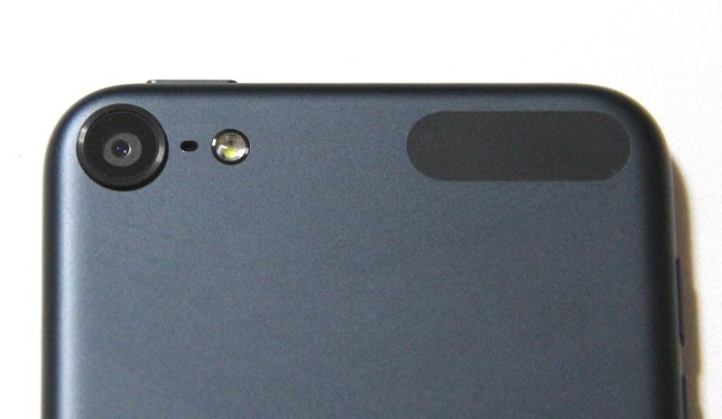 ipod touch 5 単四電池と比較