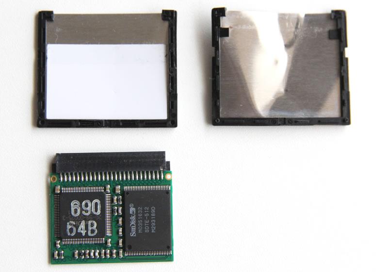 SanDisk CcompactFlash 64MB 分解