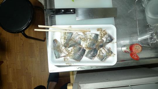 6月13日(木曜)の夕食 アジの天ぷら こしょうで味付け