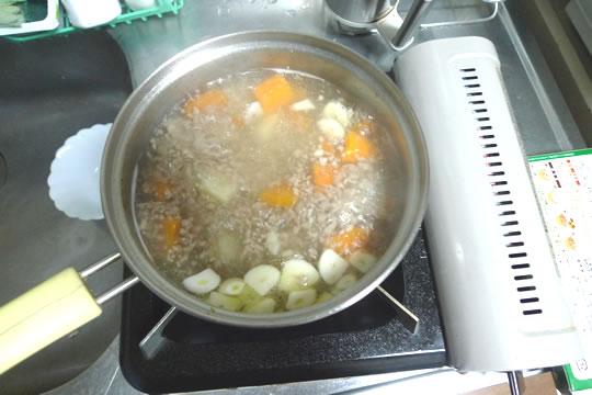 6月27日(木曜)の夕食 カレー作り