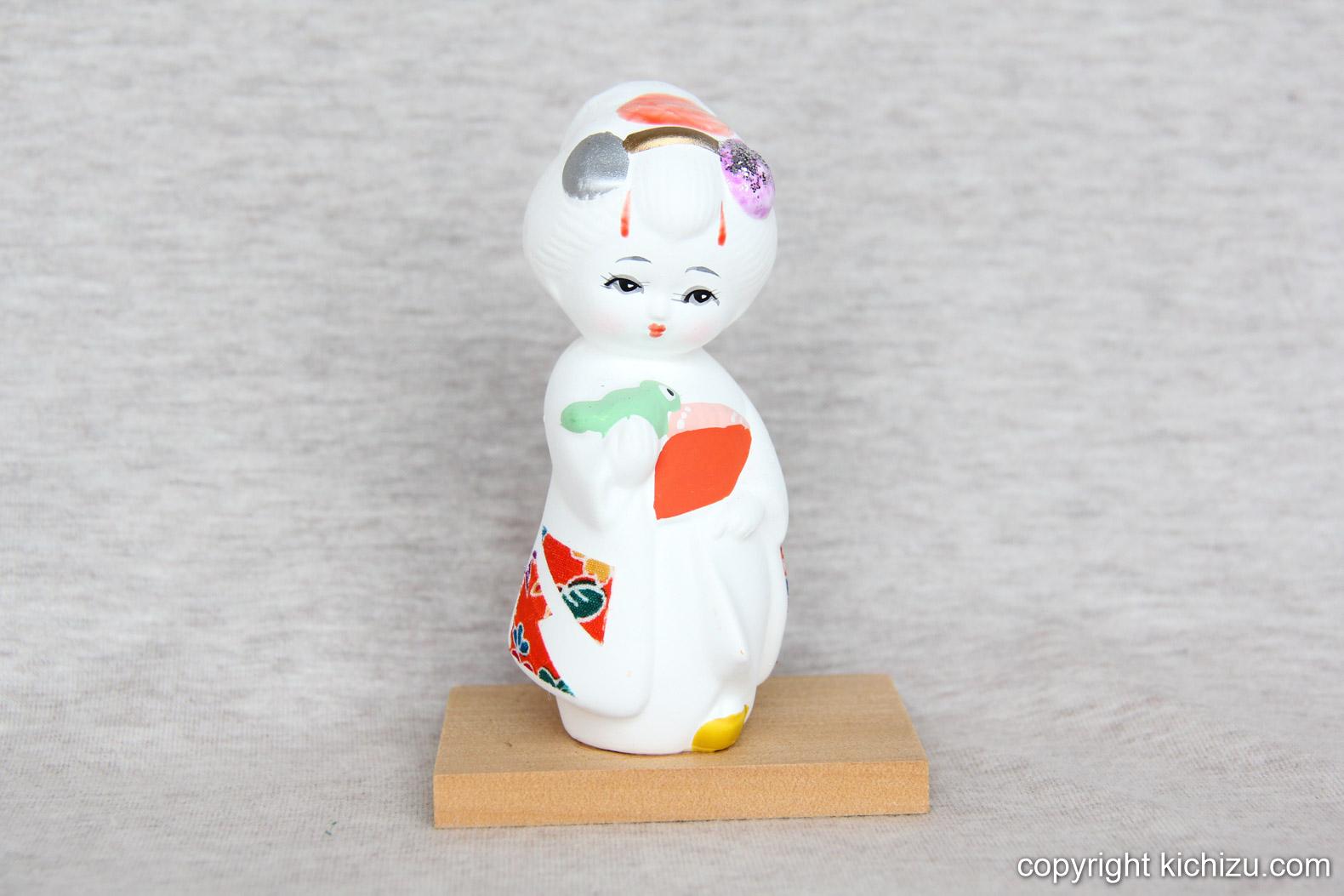奈良で購入した瀬戸物の舞妓さん