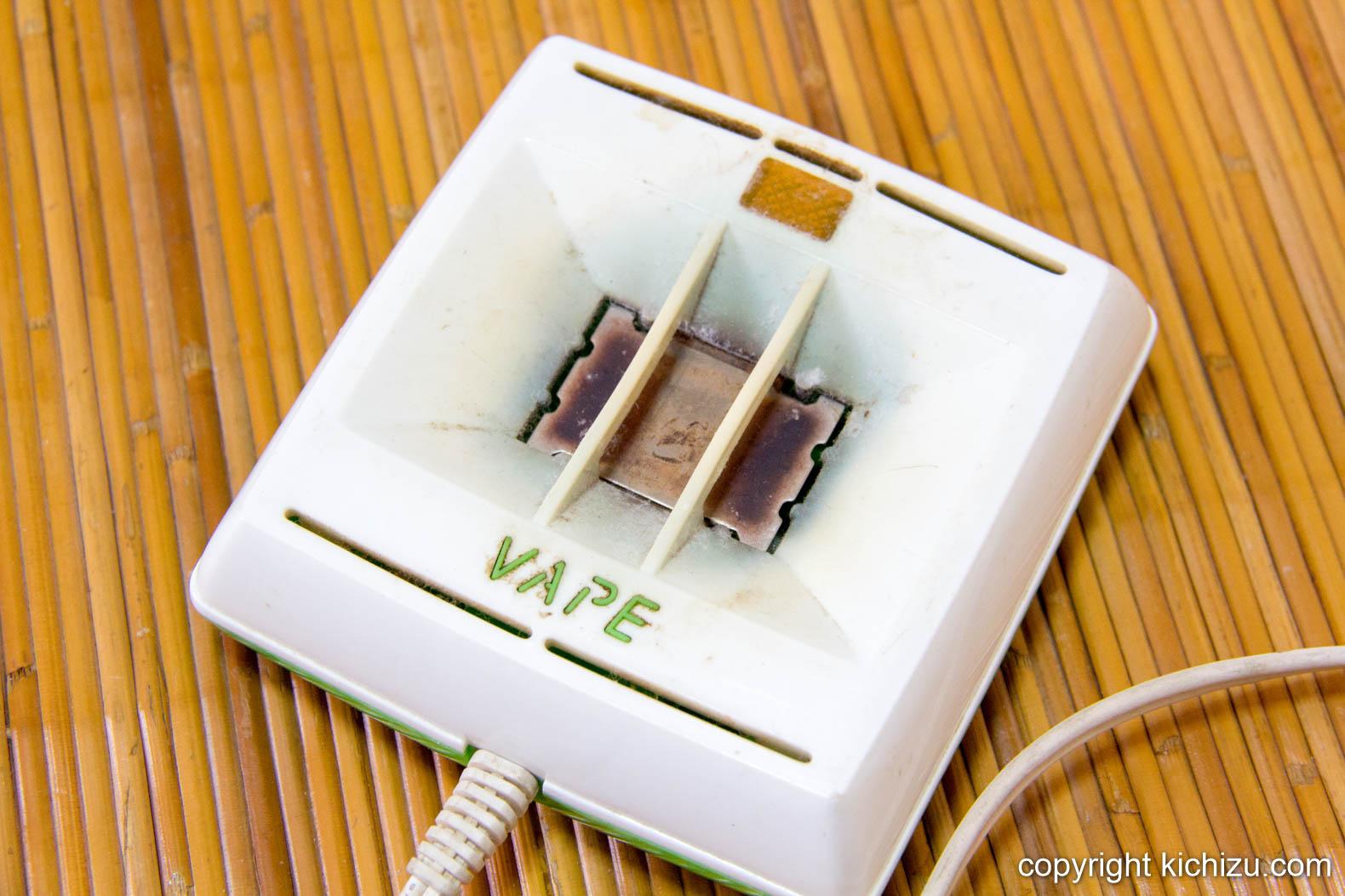ベープ 電子蚊取りマット正方形型の本体