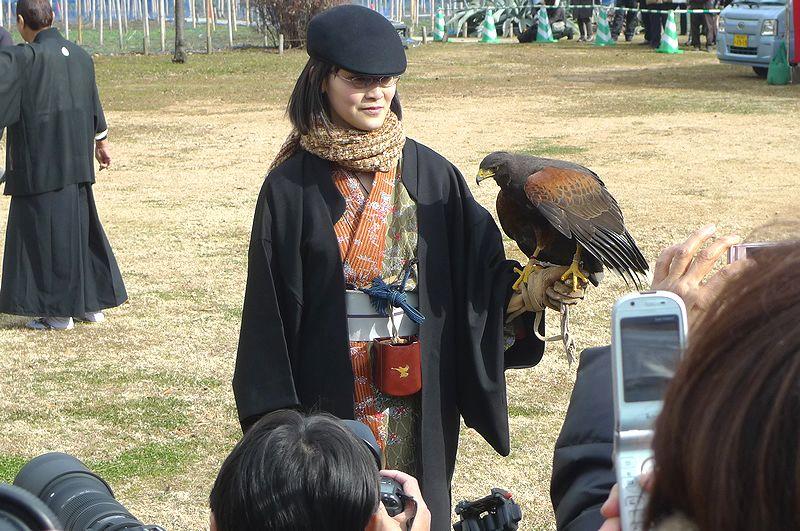 鷹を持った鷹師