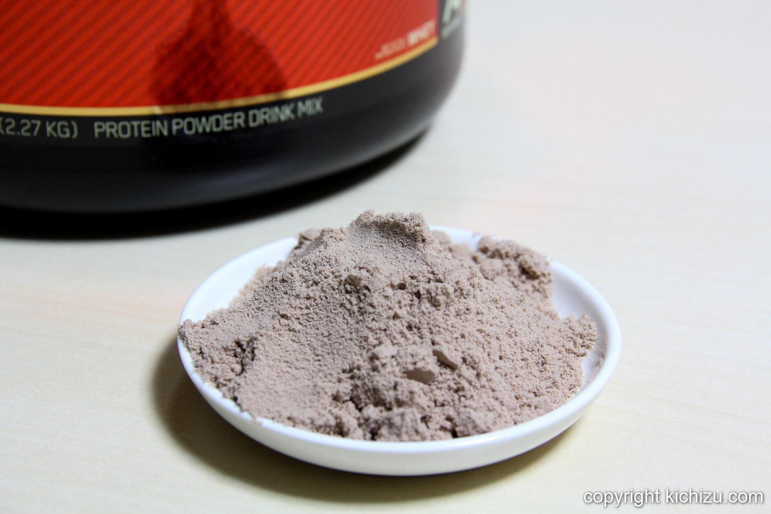 Optimum Nutrition ホエイプロテイン・ダブルリッチチョコレートの粉