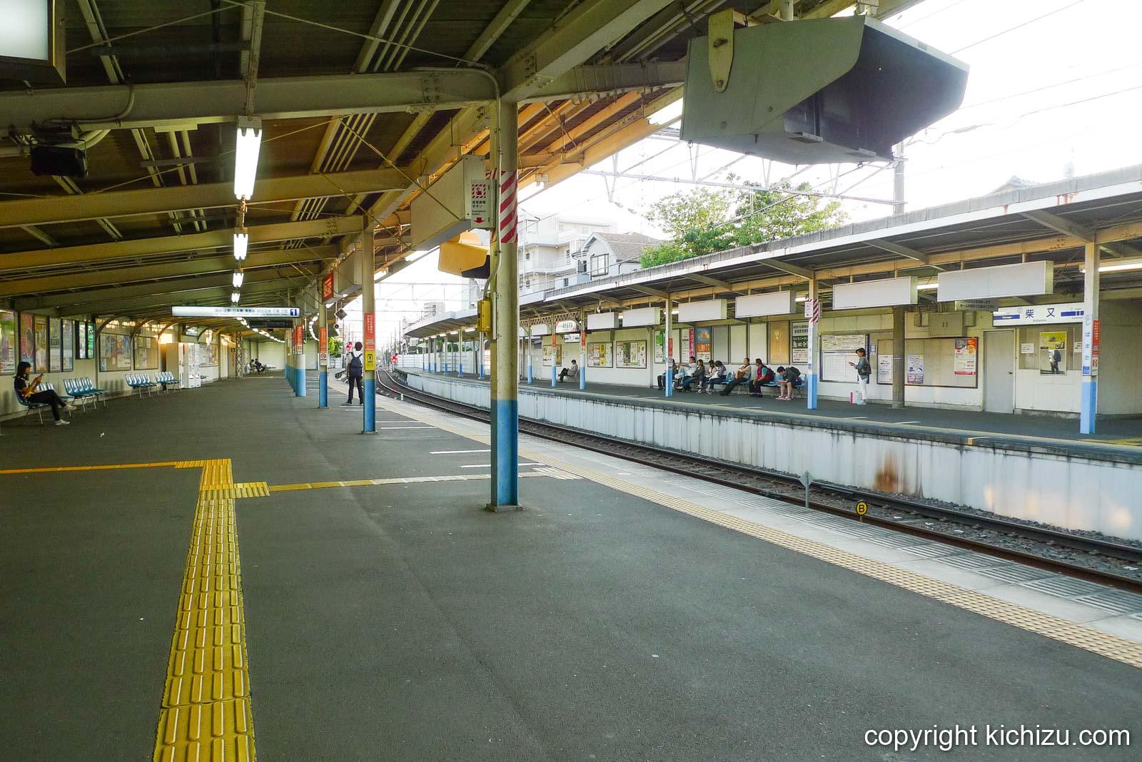 柴又駅のホーム