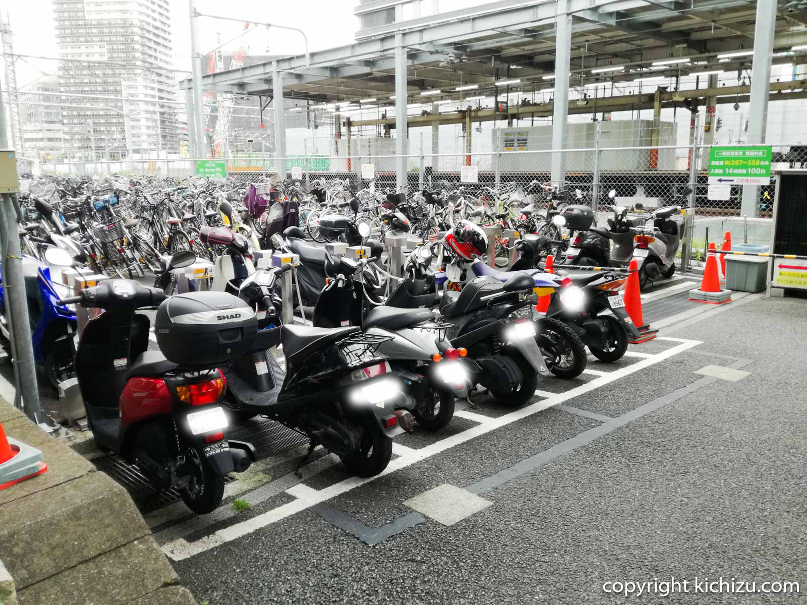 JKSサイクルパーク川崎駅東口駐車場